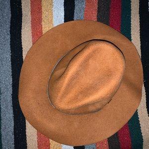ANTHROPOLOGIE • hat